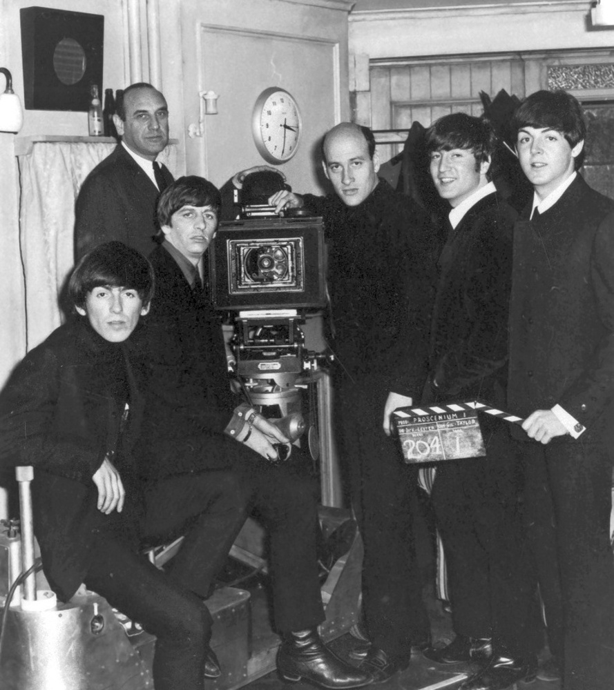 The Beatles на съемках A Hard Day's Night at Twickenham Film Studios / 19 марта 1964