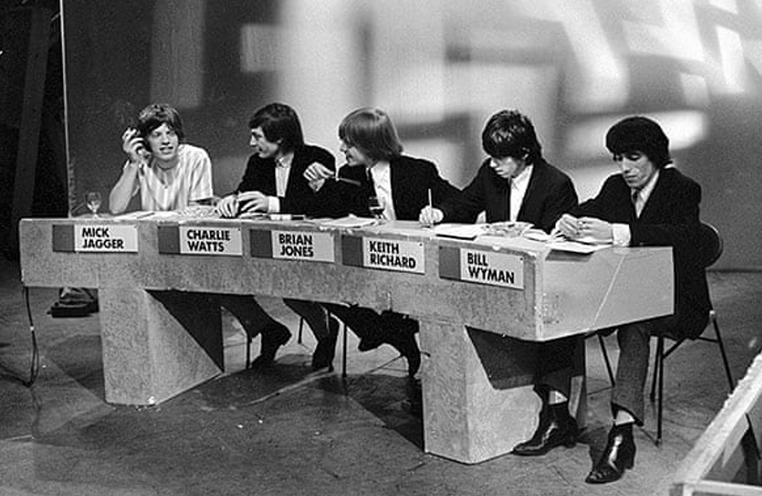 The Rolling Stones on records for Juke Box Jury at the BBC in London / 27 июня 1964