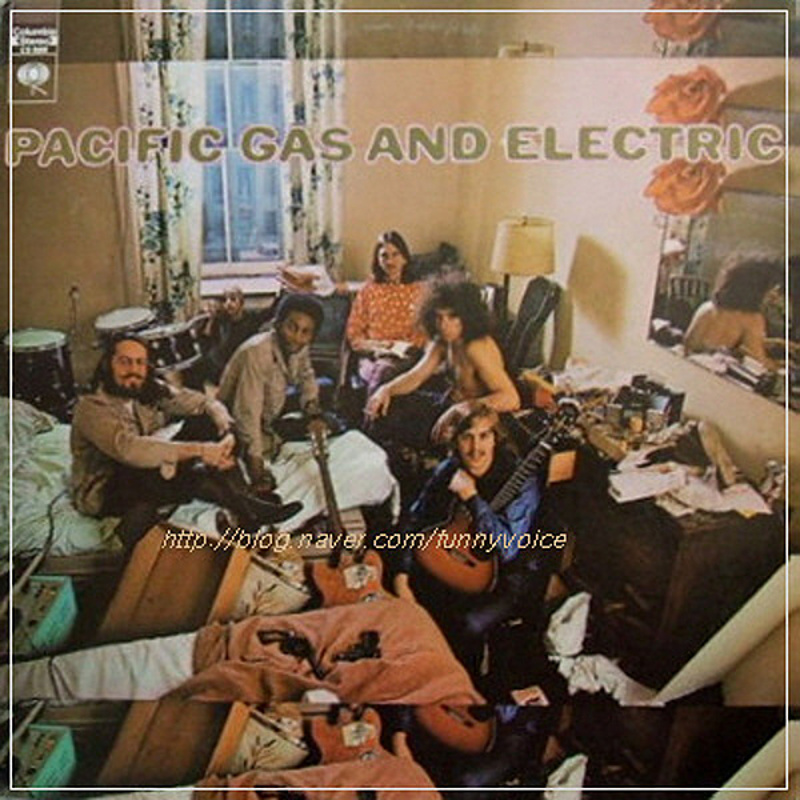 Pacific Gas And Electric / PACIFIC GAS AND ELECTRIC (CBS) 1969